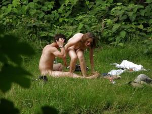 Spy-Camping-Couple-Voyeur-x55-v7agupdbvn.jpg